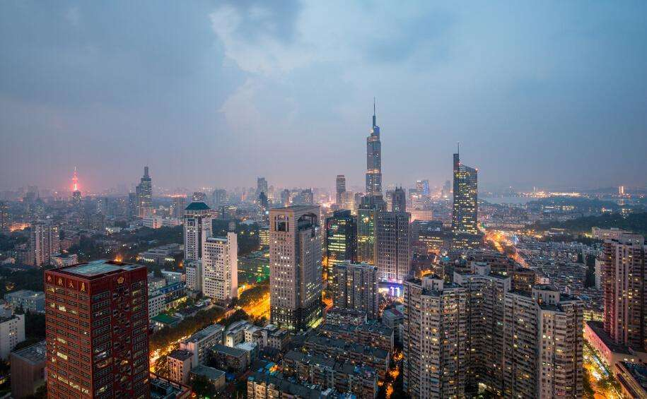 """""""金九""""楼市南京欲推万套新房 业内:能否如期上市仍是问号"""